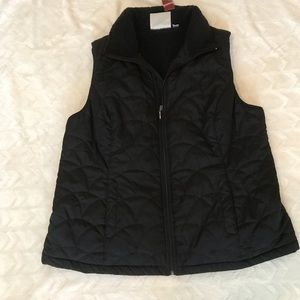 Avenue NWT black puff vest